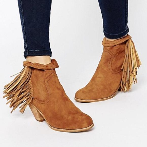 0cda35c6f0c97 Sam Edelman Louie Tassle Ankle Boots 8. M 5b23f05745c8b302a634ff06